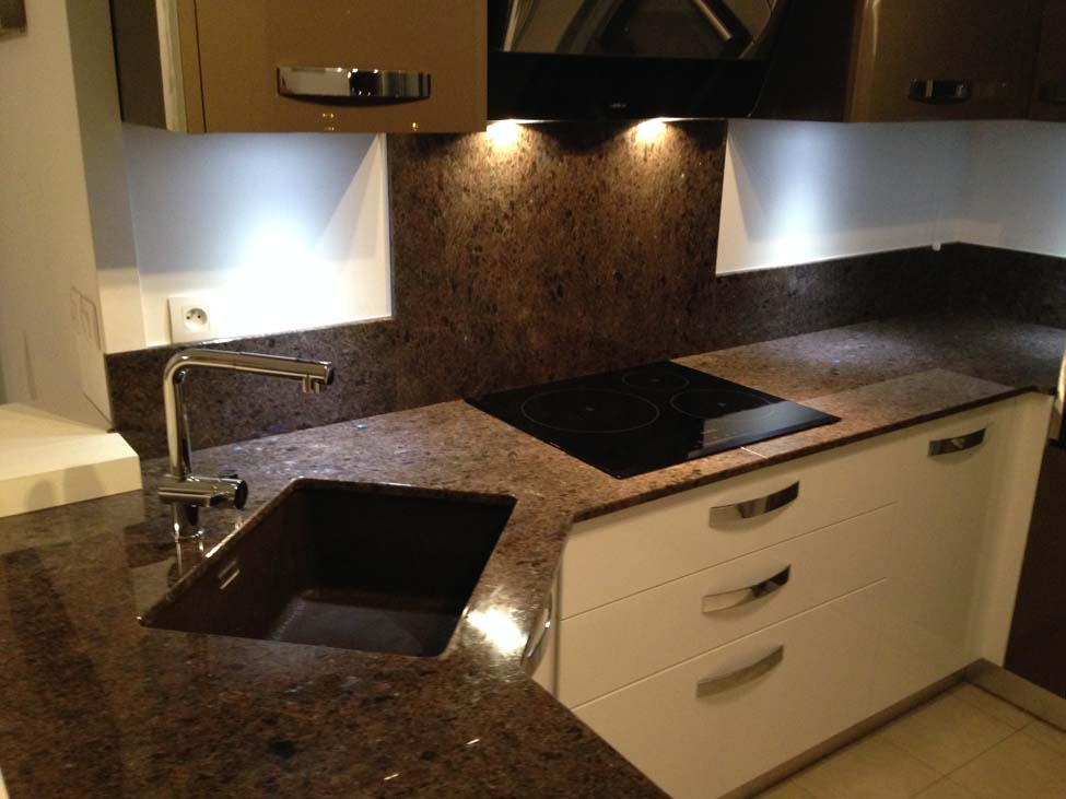 plans pluriel granit labrador antique. Black Bedroom Furniture Sets. Home Design Ideas