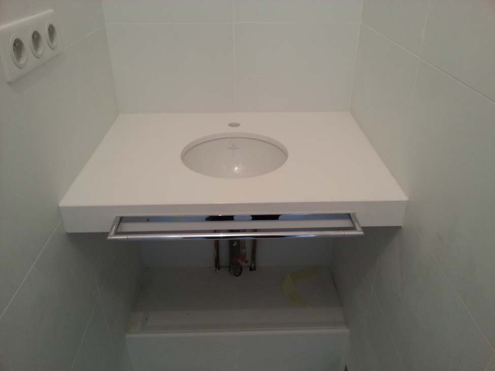 plans pluriel salle de bain en quartz blanc