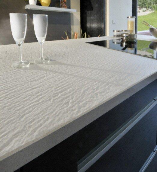prix plan de travail granit cuisine protg plan de travail en quartz ou granit offert au prix du. Black Bedroom Furniture Sets. Home Design Ideas