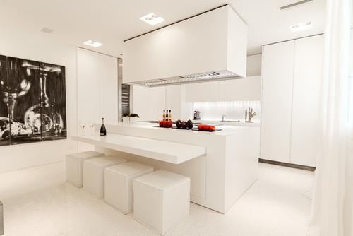 Redonner des couleurs à une cuisine blanche | Plans Pluriel