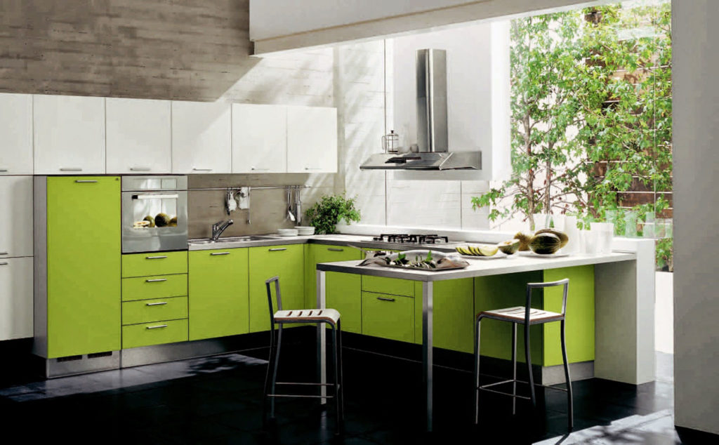 Agencement cuisine la couleur verte transcende la pièce